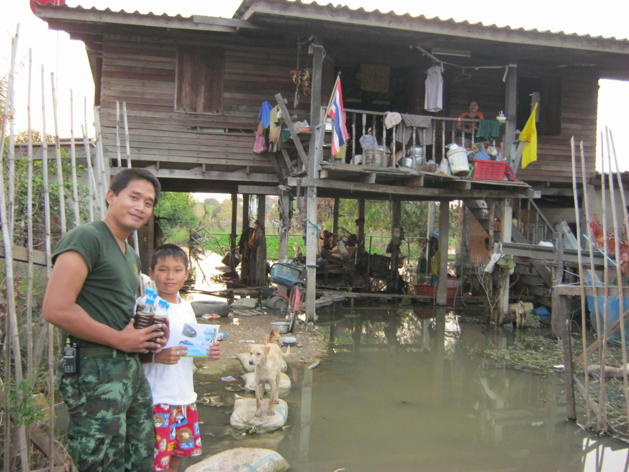 Supplying AEM to isolated people affected by the flood